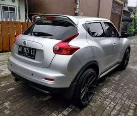Nissan Juke RX at 2014 / 2013 tng1 AB dr baru km 45rb pajak baru