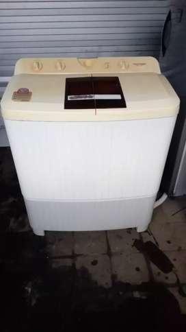 Mesin cuci polytron manual dua tabung