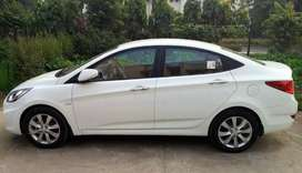 Hyundai verna 1.6 crdi sx o automatic good condition white color