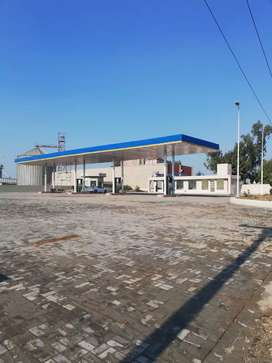 Main multan road petrol pump