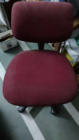 1x Computer chair