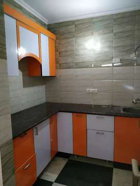 2bhk flat for rent in paryaavaran complex