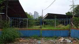 Tanah dan Gudang  eks WorkShop, pool, rumah mewah, gedung kost san,