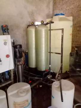 Running business 2 Ton menral water filtration plant