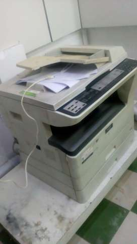 GOOD CONDITION PHOTOCOPY MACHINE AR-5620D