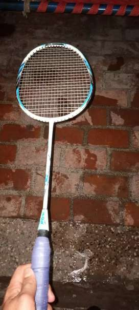 Racket condition good side sy thora tehra h