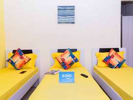 Zolo Triumph - Three Sharing PG Accommodation for Unisex
