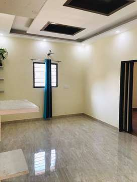 3BHK FLATS WITH NEGOTIABLE RATES 771O38OO88