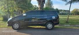 Dijual mobil kijang innova thn 2005 akhir tipe G pemakaian 2006