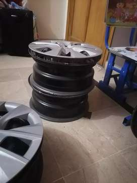 Corolla 2016 gli genuine rims and cups