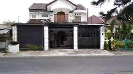 Rumah dan bangunan 2 lantai sambilegi