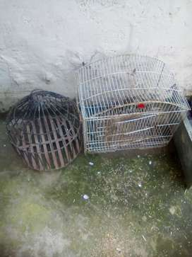 2 Cages for birds