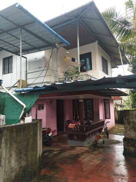 2 floor house for sale and both are ready to Rent  personal use