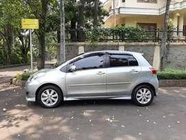 Dijual mobil yaris th 2011 manual