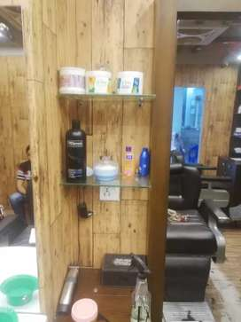 Running men's saloon business for sale at Clifton