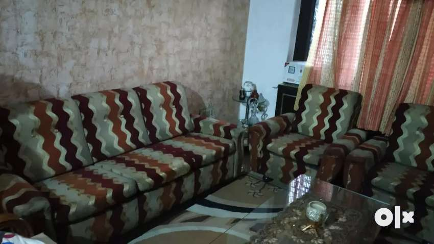 5seater sofa set 0