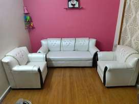 Sofa manufacturer brand new 5 seater in wholesale price 3+1+1.