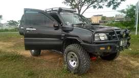 Escudo 1.6 2006 4x4 full modifikasi