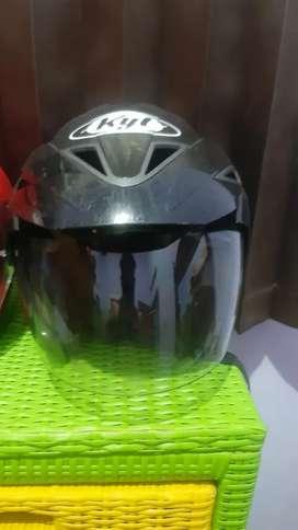 Helm kyt hitam half face