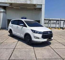 Toyota Kijang Innova Venturer Diesel AT 2017 Nopol Blank Focus Wtc 5
