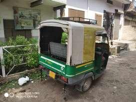 CNG auto Ape