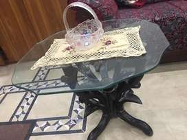 Tabel set of 3.2 small tables and 1 large table