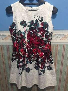 Thrift Dress putih (baru sekali pakai)