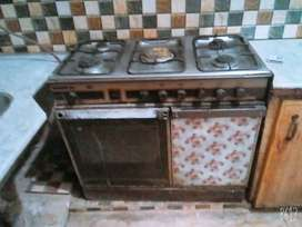 Used cooking rang in johar town