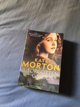 English Novel The Forgotten Garden