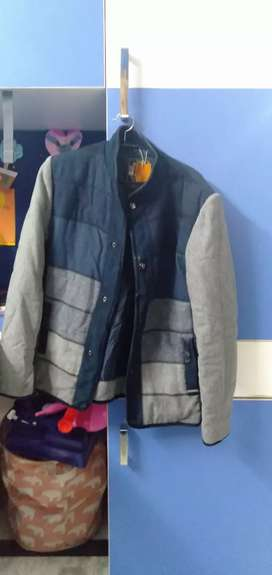It is a semi new blazer of Monte Carlo with beautiful looks