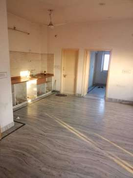 *Student & Bachelor are Allowed*  2 BHK Flat / In Ratanada