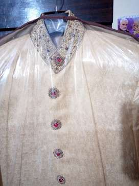 Sherwani for sale wid qulla and khuss