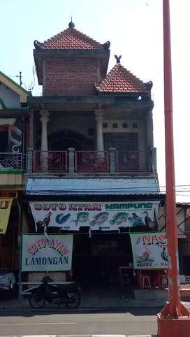 Rumah Usaha Posisi Tengah Kota Mojokerto