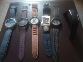 6 hand watches in only 300 rupees