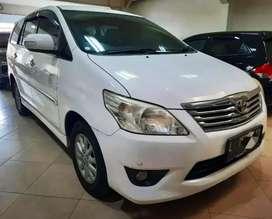 Toyota Innova Diesel V 2013 Manual M/T Putih KM 150rb Plat L