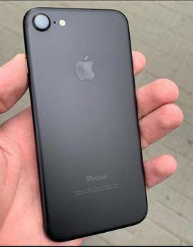 iPhone 7 32 gb 6 Month Used