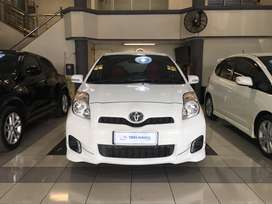 Toyota Yaris E A/T 2013