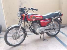 United 125 Bike for Sale in Good Condition