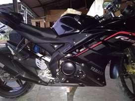 Yamaha yzf r15 v2