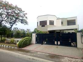 10 Marla House For Sale In Canal Gardens Lahore Near Shahkam Chowk
