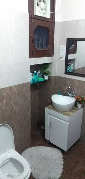 Available Hig independent ground floor flat sector 42 Chandigarh