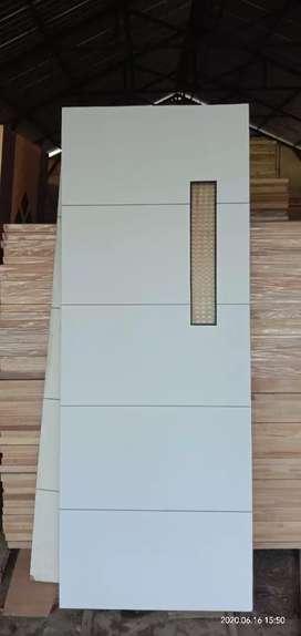 Daun pintu double multiplek
