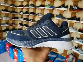 Sepatu Sneakers Adidas - Blue