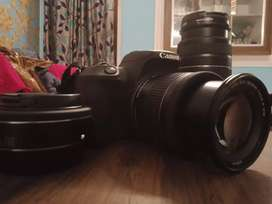 Canon EOS 200d only 2 months used