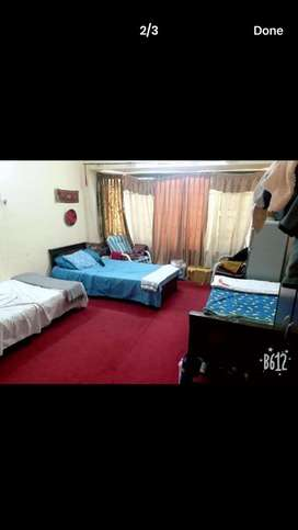 Room for rent in girls hostle f/6
