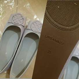 Dijual cepat sepatu wanita Urban co basic zura