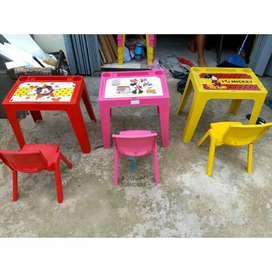 Meja belajar anak plus kursi anak Olymplast