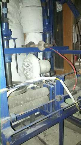 Paper plate double die machine