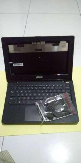 Casing Laptop Asus X200M + Keyboard + Touchpad Bekas