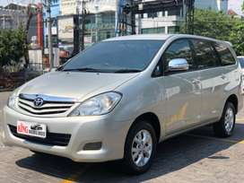 Toyota Innova G Luxury 2.0 Matic 2011